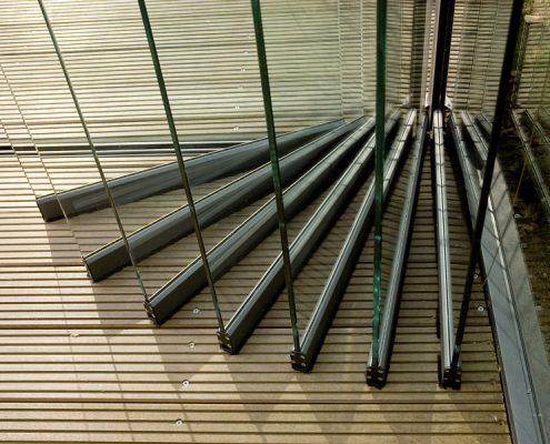 Ganzglas-Falt-Schiebe-Türen für Terrassenüberdachung aus Ausstellung